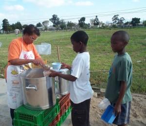 Africa Feeding Kids